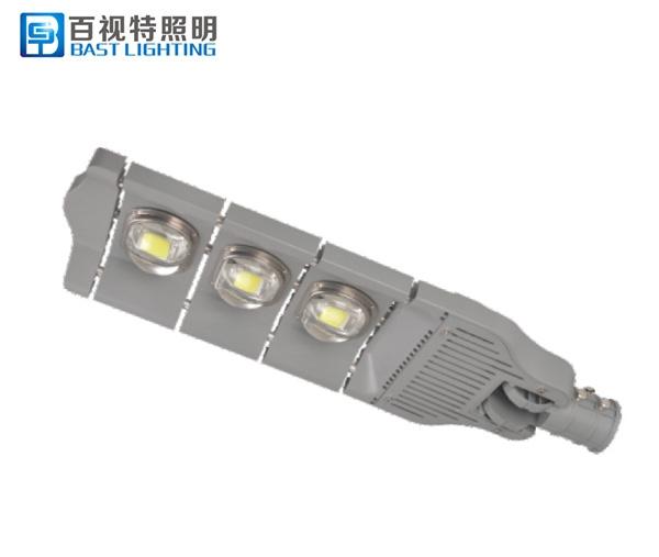 一體化太陽能路燈的幾個維護方案大家了解嗎?
